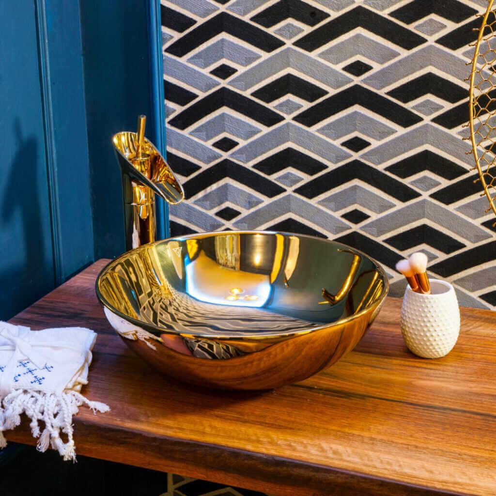 Invest Plasma S L | Diseño Interior De Yates: Más Allá Del Confort | Mobiliario