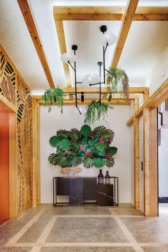 Hall Joyas De La Naturaleza 2 1   Azulejos Decorativos: La Tendencia Que Arrasa En Interiores.   Azulejos Metalizados